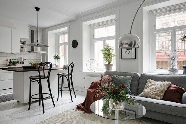 Фотография: Кухня и столовая в стиле Скандинавский, Декор интерьера, Квартира, Швеция, 2 комнаты, 40-60 метров, Alvhem – фото на INMYROOM