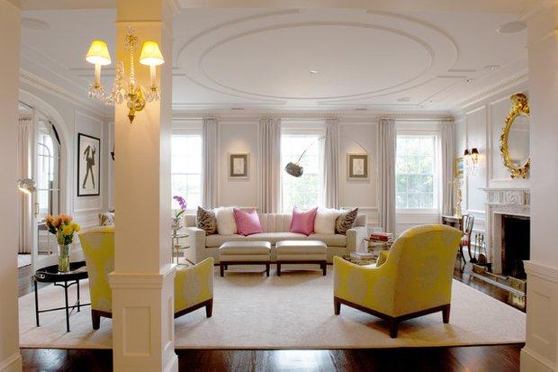 Фотография: Гостиная в стиле Эклектика, Квартира, Дома и квартиры, Пентхаус, Картины – фото на INMYROOM
