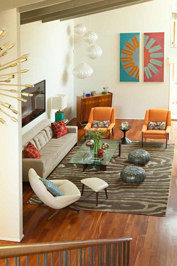 Фотография: Гостиная в стиле Современный, Эклектика, Декор интерьера, Декор дома, Цвет в интерьере – фото на INMYROOM