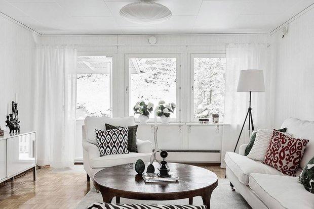 Фотография: Гостиная в стиле Скандинавский, Кухня и столовая, Декор интерьера, Дом, Швеция, Стокгольм, как создать уютную атмосферу, 4 и больше, Более 90 метров, гостеприимный интерьер – фото на INMYROOM