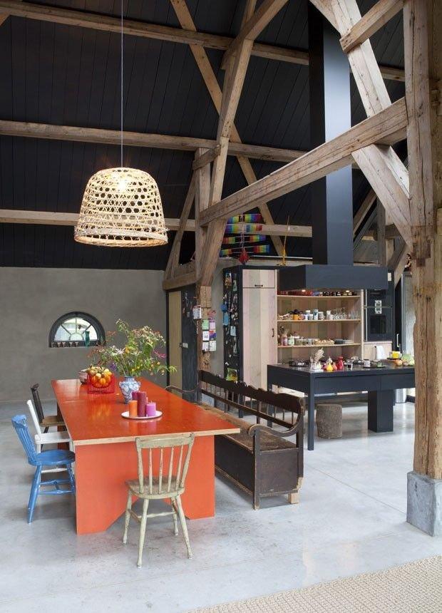 Фотография: Кухня и столовая в стиле Прованс и Кантри, Классический, Лофт, Современный, Эклектика, Декор интерьера, Дизайн интерьера, Цвет в интерьере, Оранжевый – фото на INMYROOM