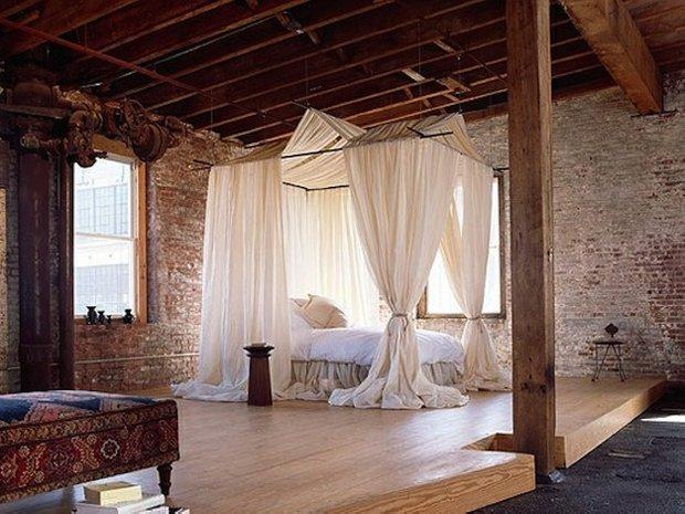 Фотография: Спальня в стиле Лофт, Декор интерьера, Мебель и свет, Балдахин – фото на INMYROOM