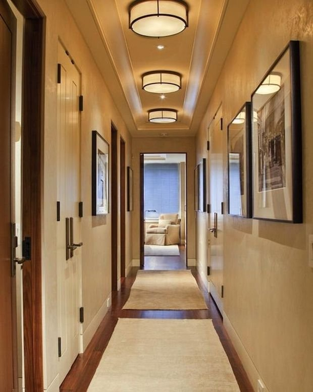 Фотография: Мебель и свет в стиле Классический, Прихожая, Декор интерьера, Малогабаритная квартира, Квартира, Дом – фото на InMyRoom.ru
