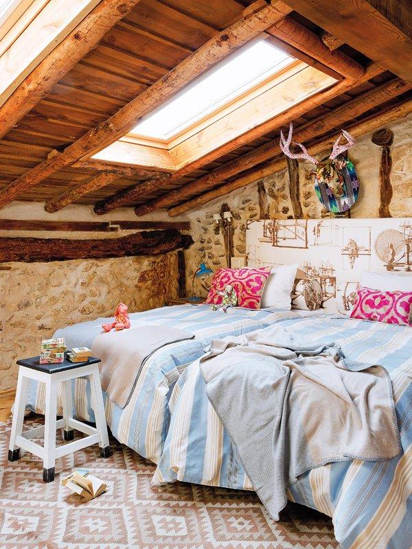 Фотография: Спальня в стиле Прованс и Кантри, Скандинавский, Декор интерьера, Дом, Аксессуары, Красный – фото на INMYROOM