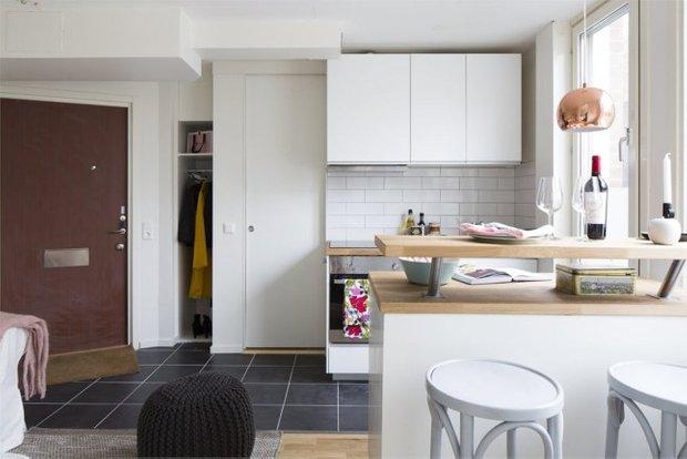Фотография:  в стиле , Скандинавский, Малогабаритная квартира, Квартира, Планировки, Хранение – фото на INMYROOM