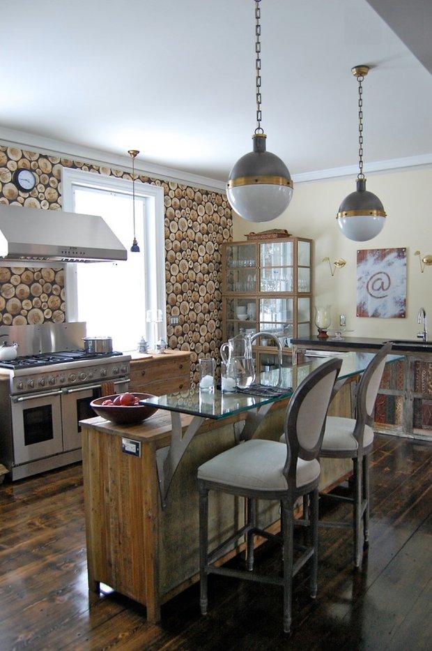 Фотография: Кухня и столовая в стиле Лофт, Дом, Дома и квартиры, Интерьеры звезд – фото на INMYROOM