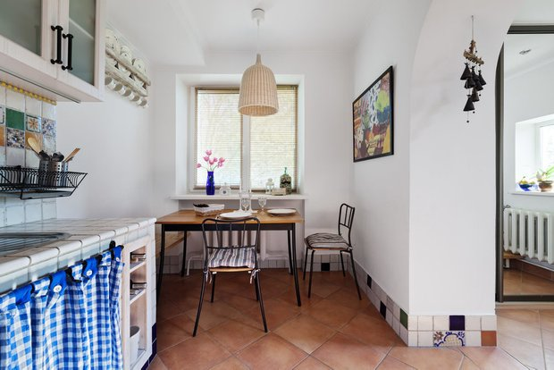 Фотография: Кухня и столовая в стиле Прованс и Кантри, Гид, Belinka, как покрасить дачу, дачные домики – фото на INMYROOM