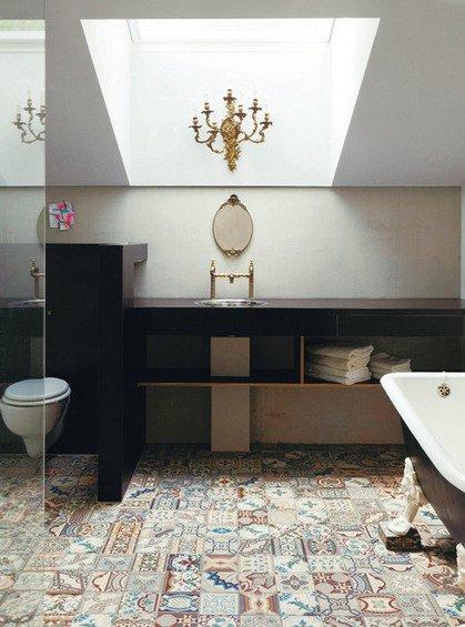 Фотография: Ванная в стиле Прованс и Кантри, Эклектика, Дом, Дома и квартиры – фото на INMYROOM