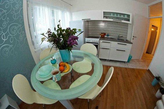 Фотография: Кухня и столовая в стиле Современный, Скандинавский, DIY, Малогабаритная квартира, Квартира, Дома и квартиры – фото на INMYROOM
