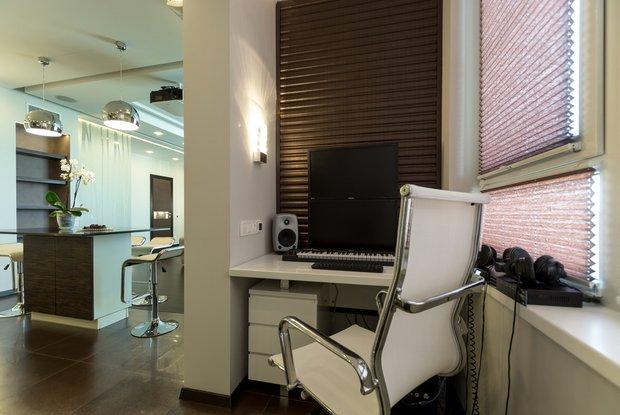 Фотография: Офис в стиле Современный, Балкон, Интерьер комнат – фото на INMYROOM