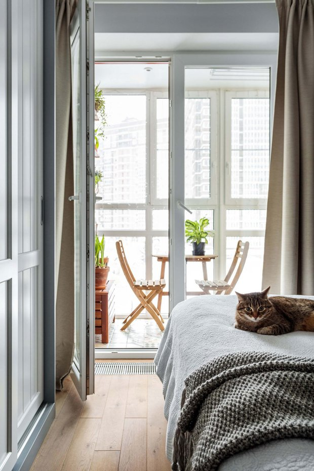Фотография: Спальня в стиле Скандинавский, Балкон, Советы, Технониколь – фото на INMYROOM