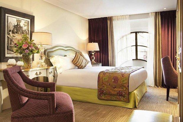 Фотография: Спальня в стиле , Франция, Дома и квартиры, Городские места, Отель – фото на INMYROOM