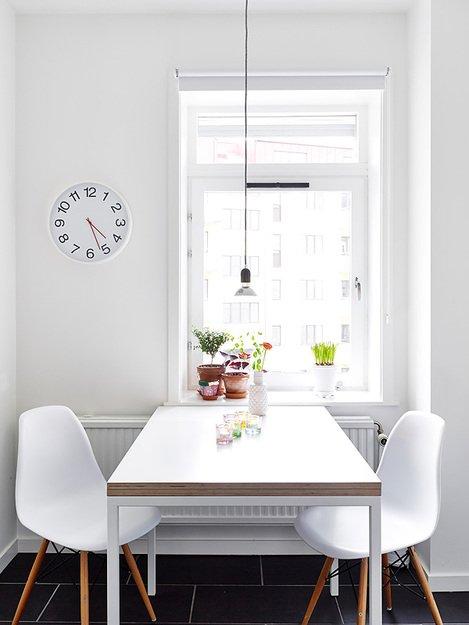 Фотография: Кухня и столовая в стиле Скандинавский, Декор интерьера, Квартира, Цвет в интерьере, Дома и квартиры, Стены, Пол – фото на INMYROOM