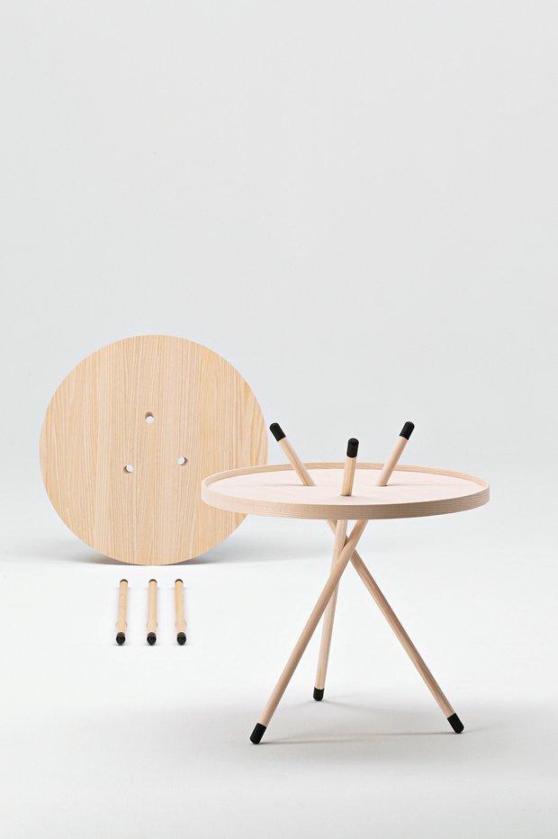 Столик Mikado по дизайну Сесиль Манц входит в постоянную экспозицию Музея современного искусства в Нью-Йорке
