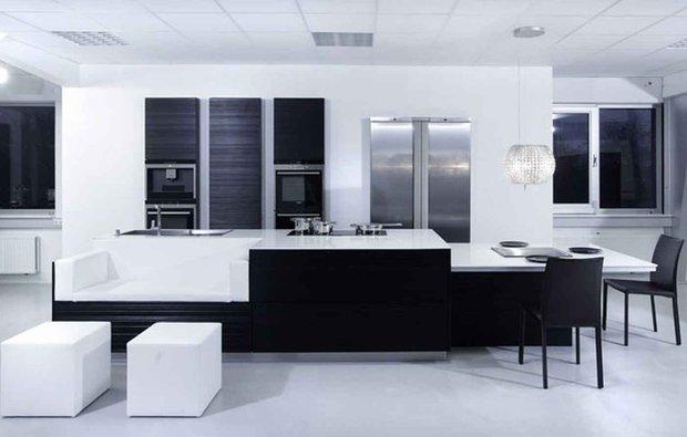 Фотография: Гостиная в стиле Современный, Кухня и столовая, Декор интерьера, Дизайн интерьера, Цвет в интерьере, Черный, Пол – фото на INMYROOM