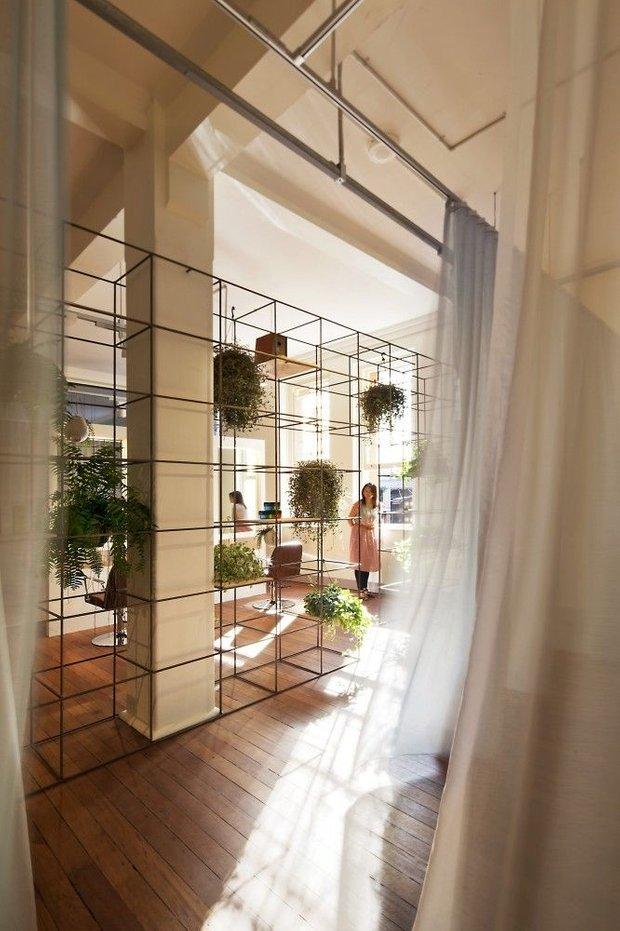 Фотография: Декор в стиле Современный, Декор интерьера, Мебель и свет, Перегородки – фото на INMYROOM