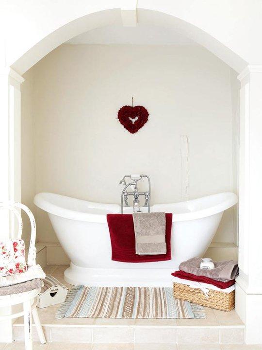 Фотография: Ванная в стиле Прованс и Кантри, Интерьер комнат, Ванна – фото на INMYROOM