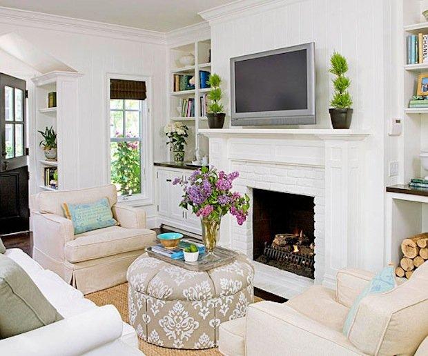 Фотография: Гостиная в стиле Прованс и Кантри, Декор интерьера, Малогабаритная квартира, Квартира, Интерьер комнат, Декор, Мебель и свет, Советы, дизайн гостиной, идеи для гостиной, маленькая гостиная, как увеличить маленькую гостиную, идеи для маленькой гостиной, мебель для маленькой гостиной, планировка маленькой гостиной – фото на INMYROOM