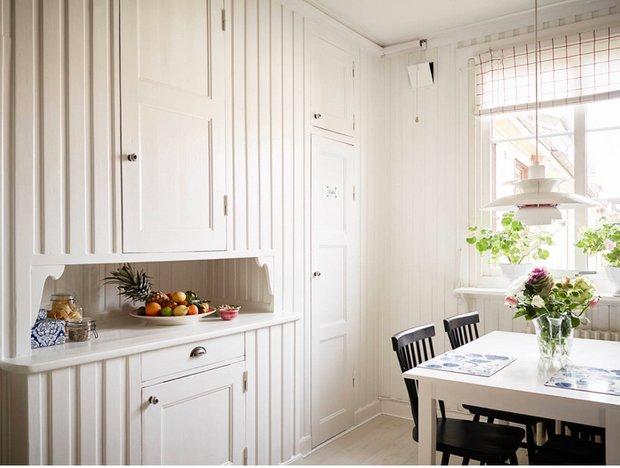 Фотография:  в стиле , Кухня и столовая, Советы, Илья Насонов, как оформить интерьер кухни, столешница гарнитура, как выбрать кухонный гарнитур – фото на INMYROOM