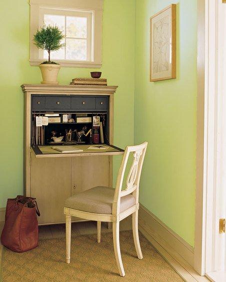 Фотография: Кабинет в стиле Современный, Дом, Дома и квартиры, Стол – фото на INMYROOM