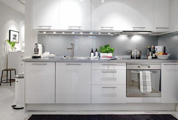 Фотография: Кухня и столовая в стиле Современный, Скандинавский, Малогабаритная квартира, Квартира, Дома и квартиры – фото на INMYROOM