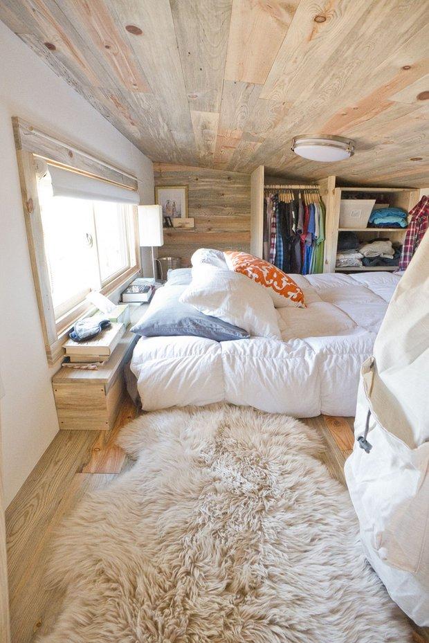 Фотография: Спальня в стиле Скандинавский, Дом, Дома и квартиры, Эко, Дом на колесах – фото на INMYROOM