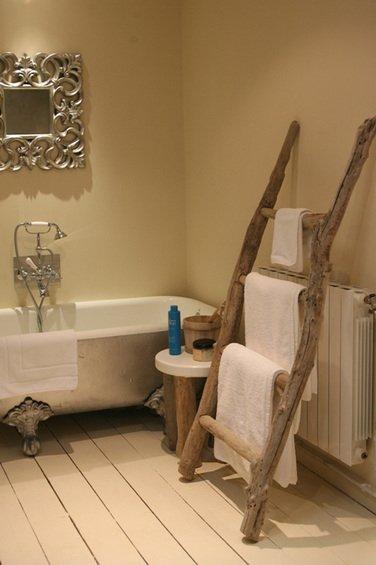 Фотография: Ванная в стиле Прованс и Кантри, Декор интерьера, Дом, Мебель и свет, Эко – фото на INMYROOM