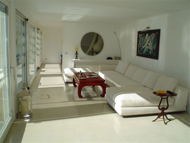 Фотография: Гостиная в стиле Восточный, Ремонт на практике, напольное покрытие – фото на INMYROOM
