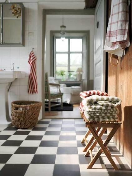 Фотография: Ванная в стиле Скандинавский, Индустрия, Люди, IKEA – фото на INMYROOM