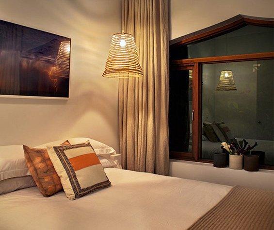 Фотография: Спальня в стиле Современный, Эко, Декор интерьера, Мебель и свет, Светильник – фото на INMYROOM