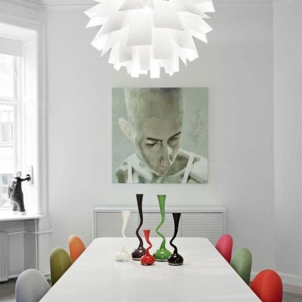 Фотография: Декор в стиле Хай-тек, Декор интерьера, Дом, Декор дома, Цветы, Вышивка – фото на INMYROOM