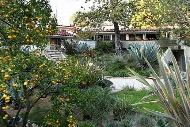 Фотография: Ландшафт в стиле Современный, Дома и квартиры, Интерьеры звезд – фото на INMYROOM