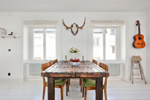 Фотография: Кухня и столовая в стиле Скандинавский, Малогабаритная квартира, Квартира, Цвет в интерьере, Дома и квартиры, Белый – фото на INMYROOM