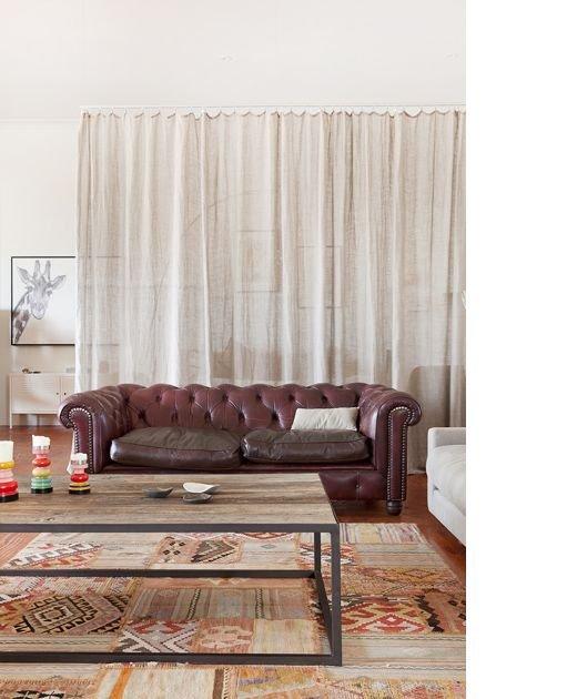 Фотография: Гостиная в стиле Скандинавский, Минимализм, Советы, как совместить спальню с гостиной, как обустроить в одной комнате две зоны, зонирование комнаты – фото на INMYROOM