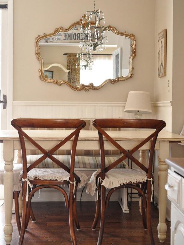 Фотография: Кухня и столовая в стиле , Декор интерьера, Декор дома, Цвет в интерьере, Белый, Ретро, Шебби-шик – фото на INMYROOM