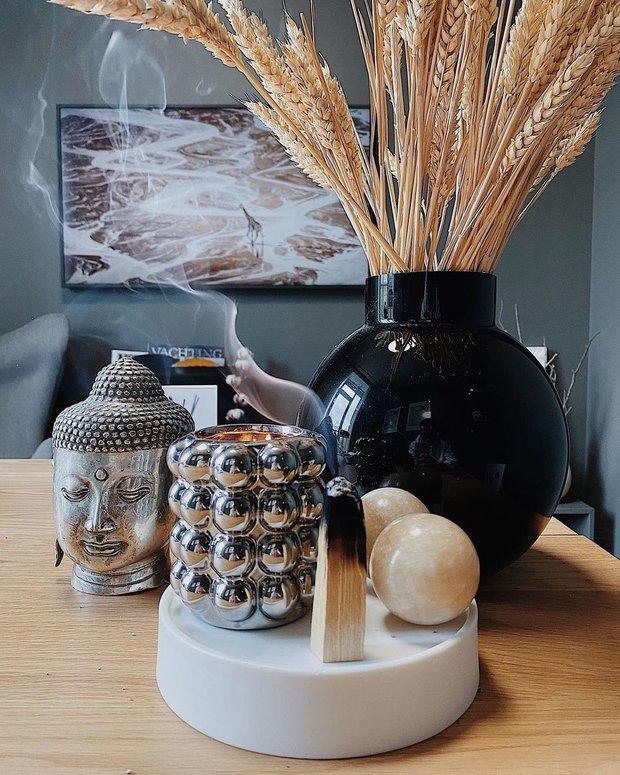 Фотография: Декор в стиле Скандинавский, Цвет в интерьере, Советы, Philips, свет, телевизор, Ambilight – фото на INMYROOM