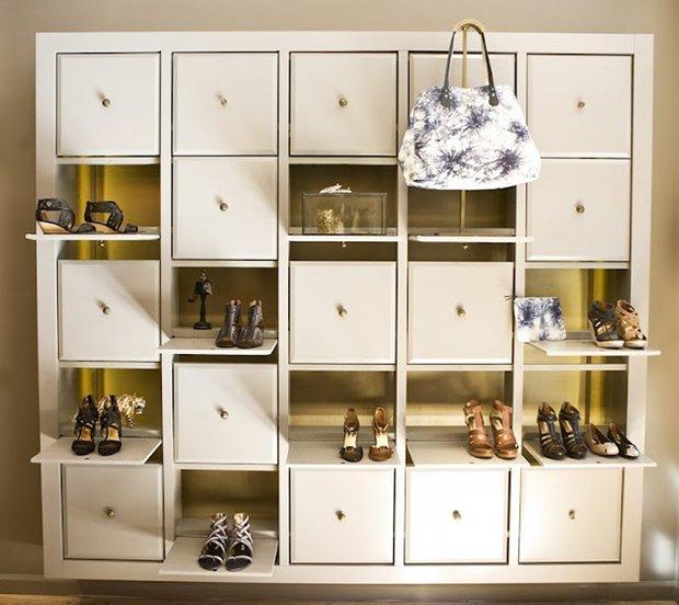 Фотография: Мебель и свет в стиле Современный, Прихожая, Интерьер комнат, Системы хранения – фото на INMYROOM