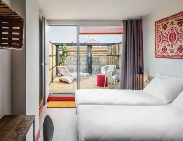 Фотография: Спальня в стиле Прованс и Кантри, Современный, Декор интерьера, Испания, Дома и квартиры, Городские места, Отель, Барселона – фото на INMYROOM