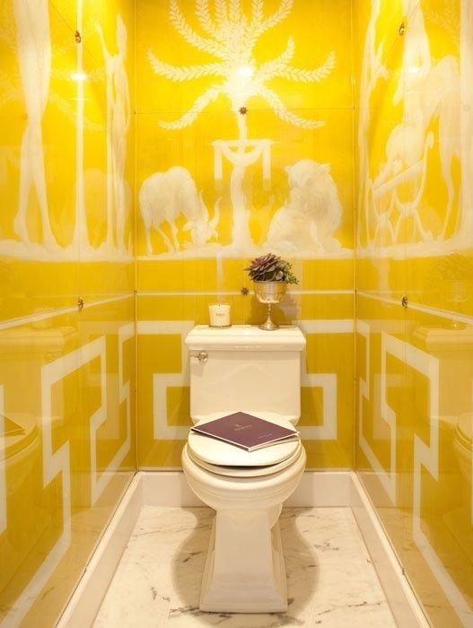 Фотография: Ванная в стиле Современный, Декор интерьера, Декор, Советы, Обои, Ремонт на практике, керамическая плитка, грифельная краска, самоклеющаяся пленка, агломерат, пластиковые панели, стекловолокнистые обои, отделка стен в ванной, энциклопедия_отделка – фото на INMYROOM