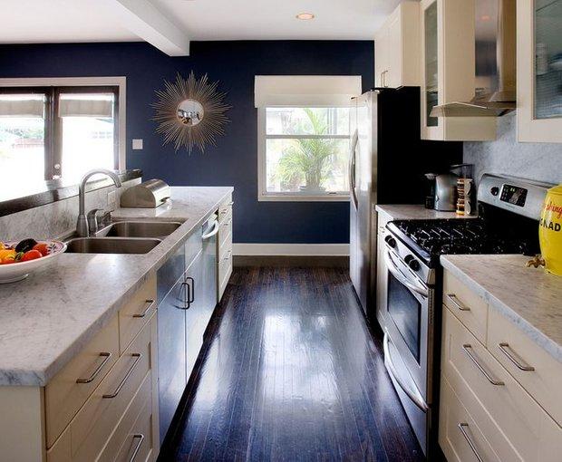 Фотография: Кухня и столовая в стиле Современный, Декор интерьера, Дизайн интерьера, Цвет в интерьере, Черный – фото на INMYROOM