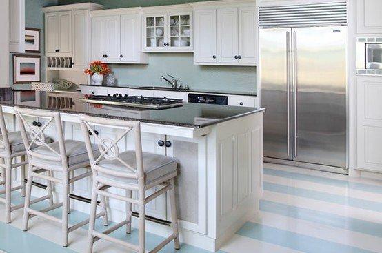 Фотография: Кухня и столовая в стиле Прованс и Кантри, Декор интерьера, Мебель и свет – фото на INMYROOM