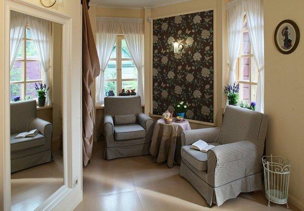 Фотография: Гостиная в стиле Прованс и Кантри, Текстиль, Декор – фото на INMYROOM