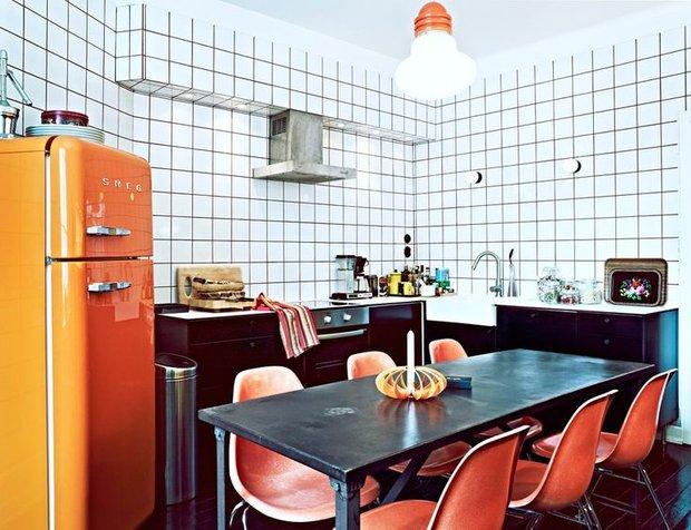 Фотография: Кухня и столовая в стиле Прованс и Кантри, Скандинавский, Современный, Эклектика, Декор интерьера, Дизайн интерьера, Цвет в интерьере, Оранжевый – фото на INMYROOM