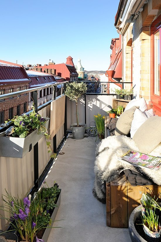 Фотография: Балкон, Терраса в стиле Современный, Декор интерьера, Дом, Декор дома – фото на InMyRoom.ru