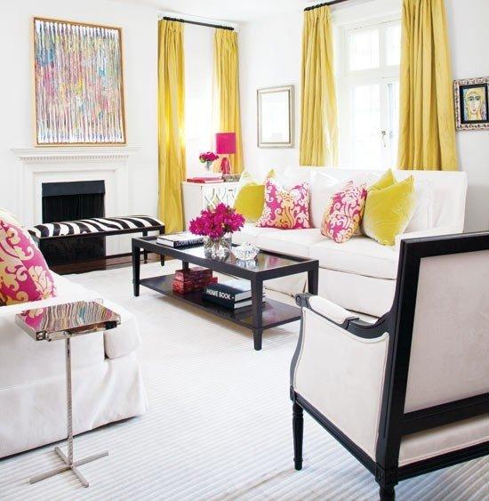 Фотография: Гостиная в стиле , Декор интерьера, Цвет в интерьере, Текстиль, Картины, Желтый – фото на INMYROOM