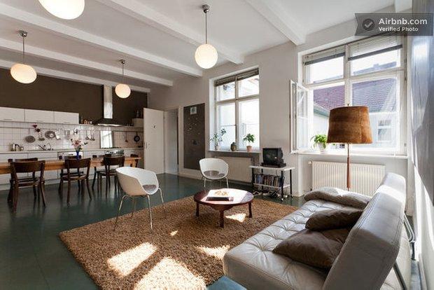 Фотография: Спальня в стиле Лофт, Эклектика, Декор интерьера, Квартира, Дома и квартиры, Airbnb – фото на INMYROOM