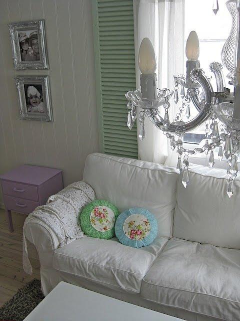 Фотография: Гостиная в стиле Прованс и Кантри, Классический, Современный, Декор интерьера, DIY, Дом, Декор дома – фото на INMYROOM
