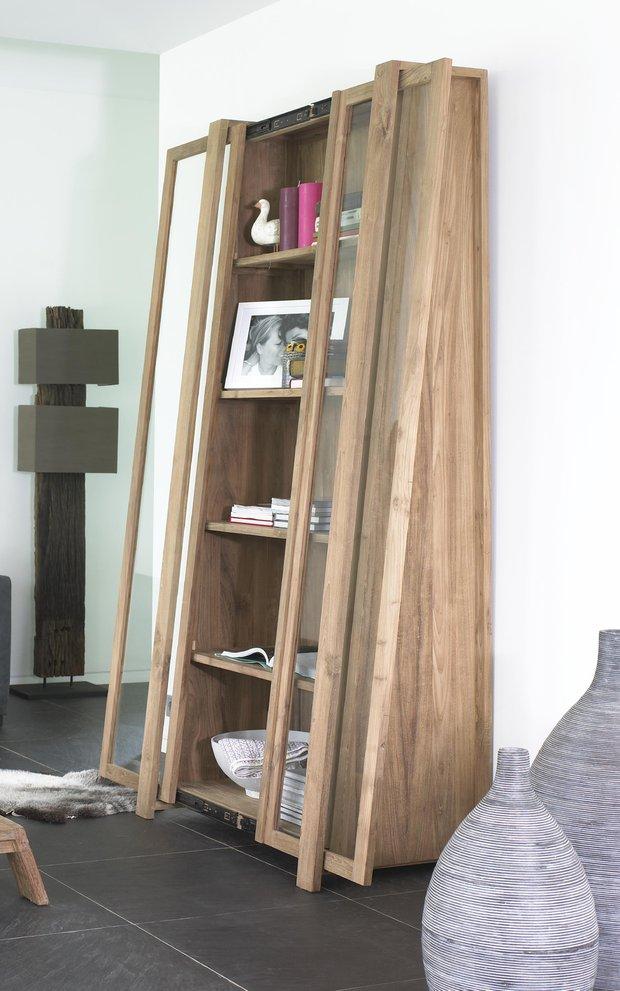 Фотография: Мебель и свет в стиле Современный, Дом, Дома и квартиры, Кровать, Шкаф, Комод, Стеллаж, Буфет – фото на INMYROOM