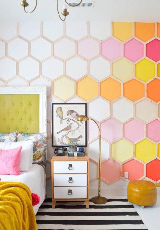Фотография: Спальня в стиле , Декор интерьера, Цвет в интерьере, Текстиль, Картины, Желтый – фото на INMYROOM