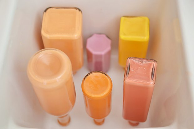 Фотография: Прочее в стиле , Декор интерьера, DIY, Цвет в интерьере, Оранжевый, Вазы – фото на INMYROOM